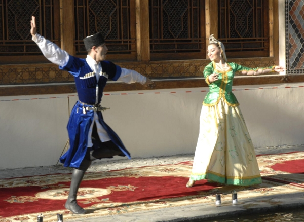 Azerbaijan dancers keep culture alive and vibrant