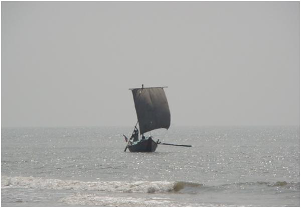 Mandarmani Beach fishing boats