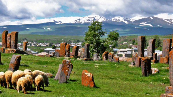 Noraduz Khachkars 
