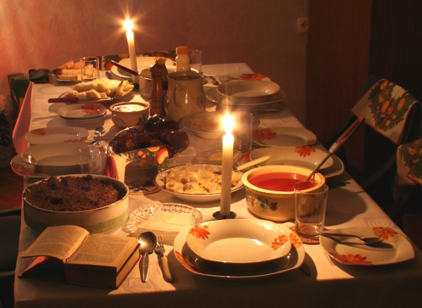 The traditional Wigilia table on Christmas Eve