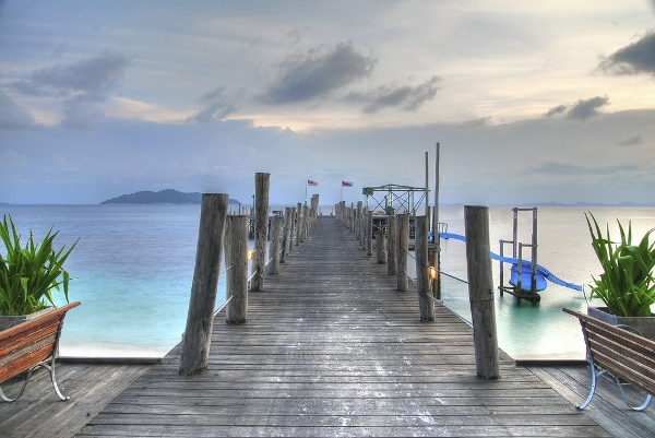 Rawa island jetty - courtesy Yiping Lim