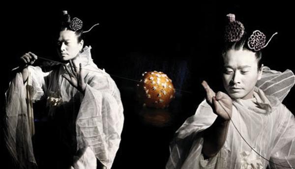 Korean Hal Dance Group, performer Shin Young Gu