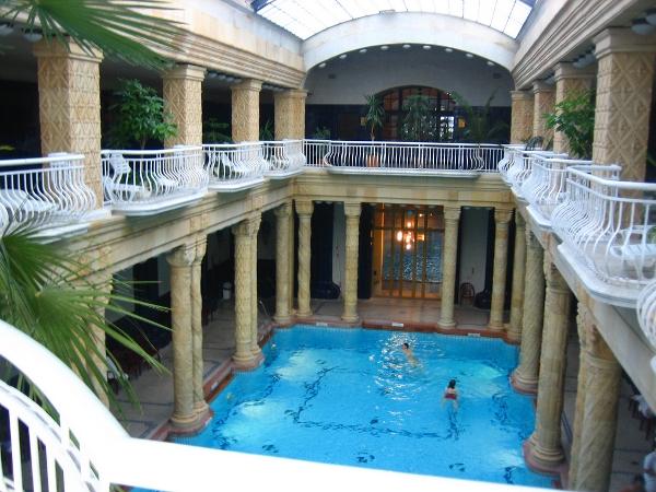 Gellert bath - Budapest