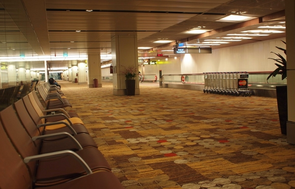 Airport this Easter, deserted because travelers got fed up