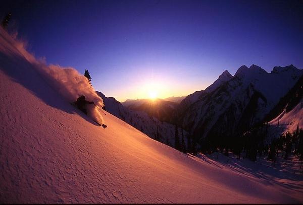 Heli skiingg Svaneti