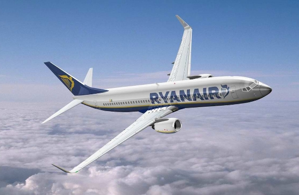 Flying into the online travel picture, Ryanair