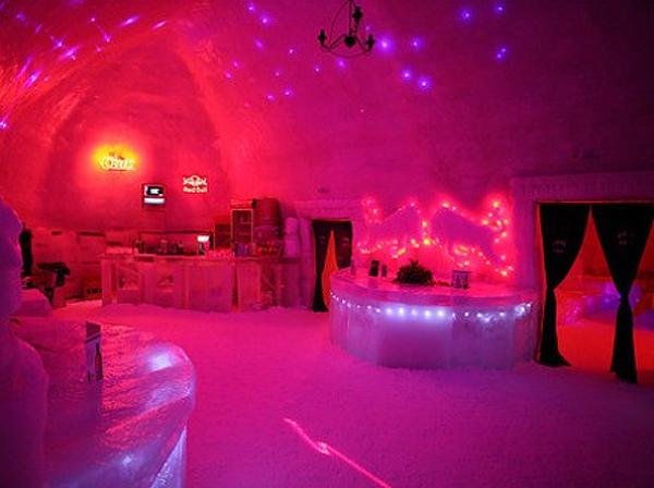 Ice Hotel Bâlea Lac