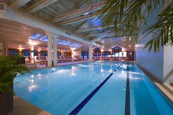 Topnotch Resort pool