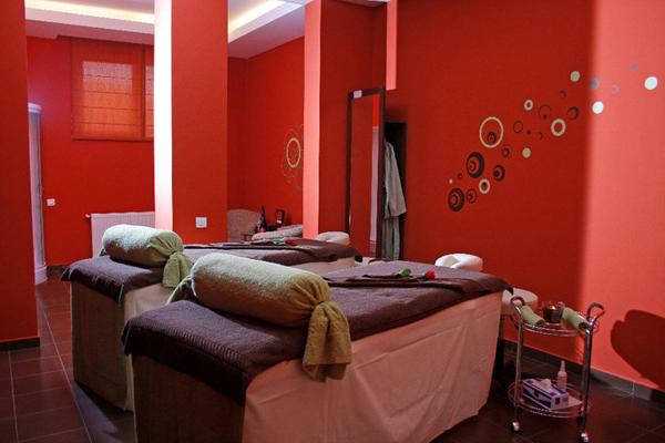 Velvet Spa couples massage room