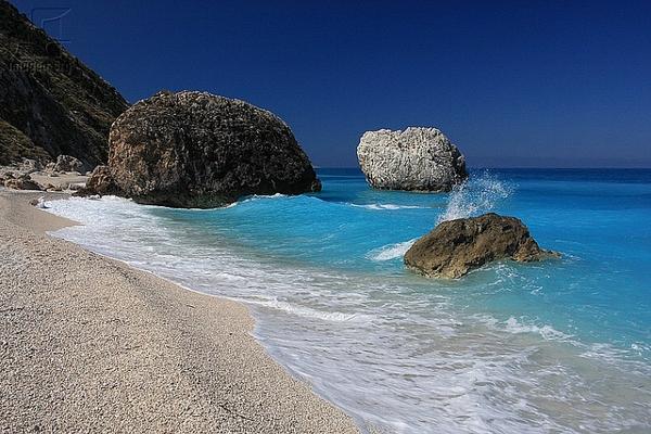 Megali Petra beach