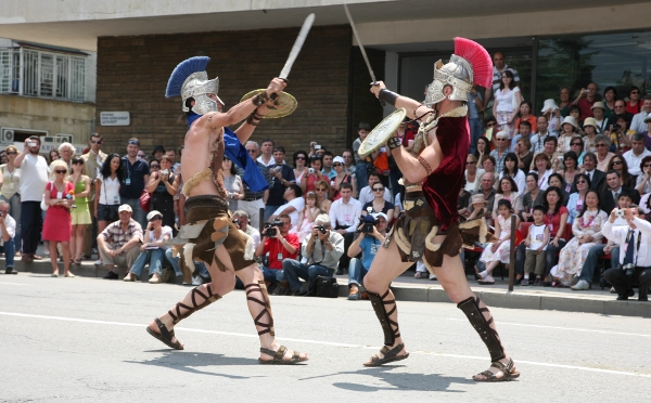 A Thracian sword fight