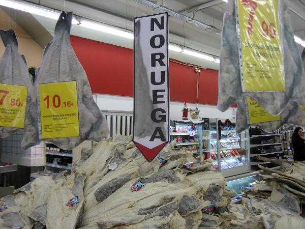 Bacalhau at a huge supermarket in Cascais
