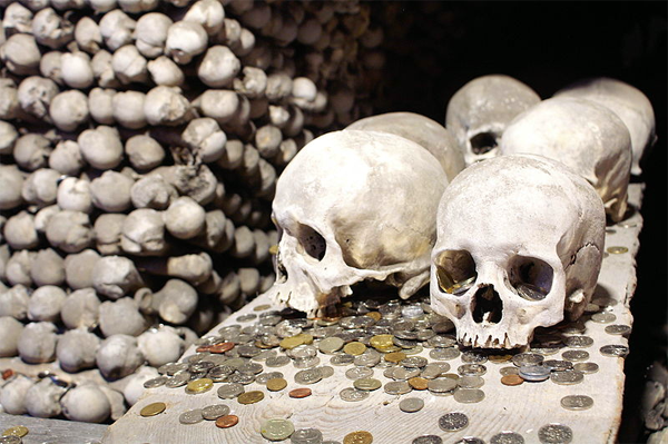 Creepy Halloween Destinations: Sedlec Ossuary