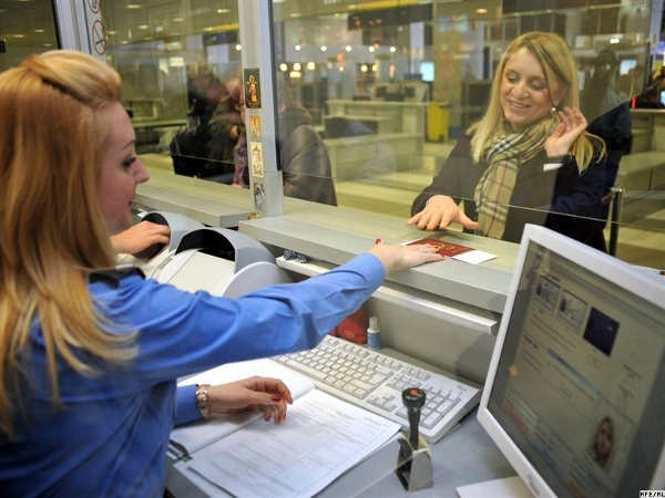 Russian visa line no laughing matter