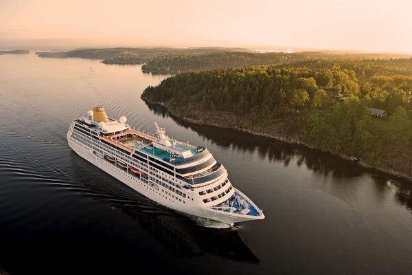 Adonia cruises along