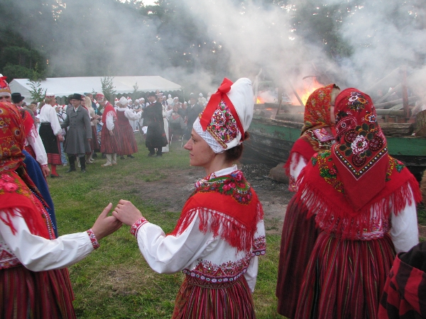 Celebrating St.John's Day at Kihnu