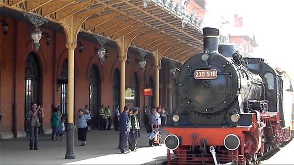 Pelerin in Bucovina train rides.