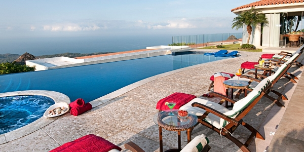 Villa Aquina in Acapulco
