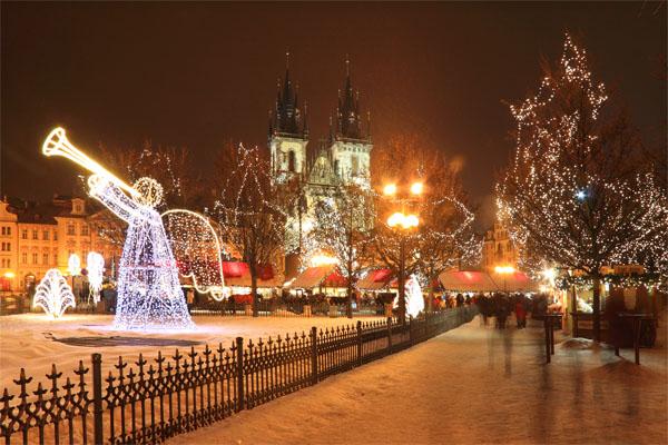 Old Town Square, Prague, Czech Republic - Courtesy © Kajano - Fotolia.com