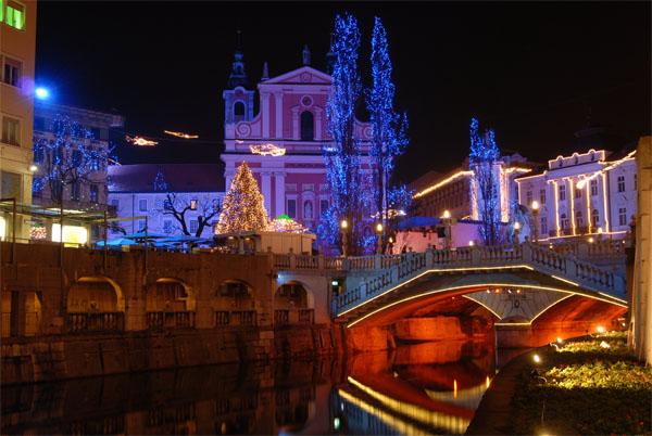 Christmas lights of Ljubljana - Courtesy © simonkr - Fotolia.com