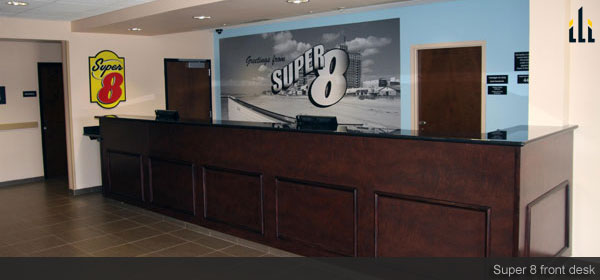super8 reception