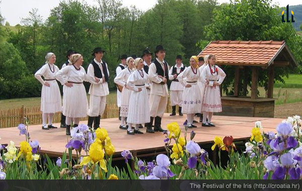 Festival of the Iris: folk dances.