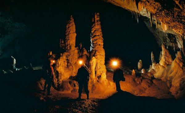 Lipska cave