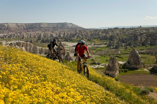 Joel Zack and biking the lunar lanscapes of Cappadocia