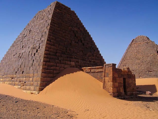Pyramids at Kabushiyah, Nahr an Nil, Sudan. Image courtesy Emily and Michael Dziedzic