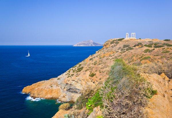 Temple of Poseidon - Courtesy © Nikolai Sorokin - Fotolia.com