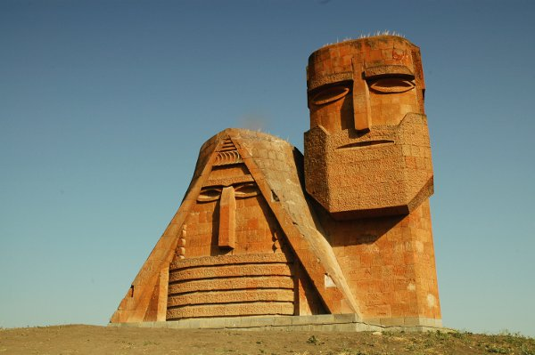 Famous monument in the capital - courtesy © salajean - Fotolia.com
