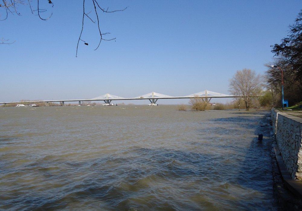 New Europe Bridge