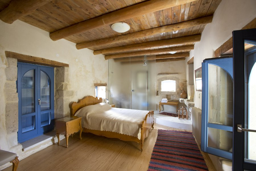 Master bedroom at Grotto Villa - Courtesy Jay Thomas