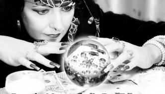 A Gypsy crystal ball moment - © AniriAnA - Fotolia.com