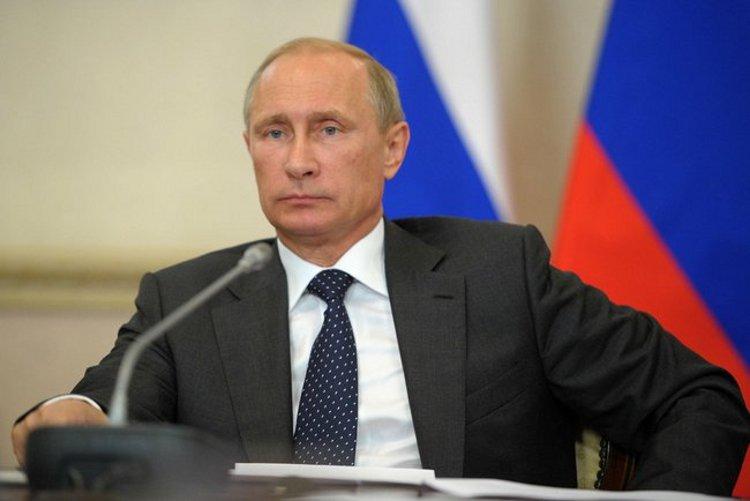 Vladimir Putin at State Council Presidium meeting on developing social protection system for senior citizens. - Via The Kremlin