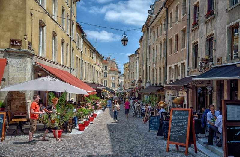 Pedestrian zone Nancy by Juergen Adolph