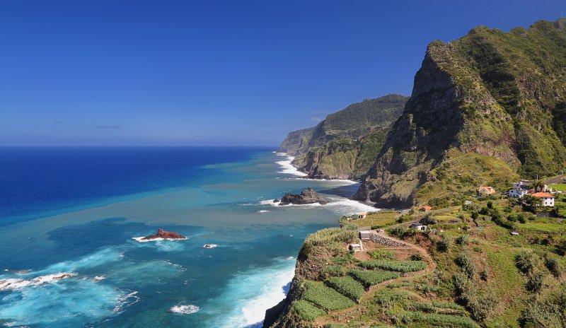 Coastline near Santana, Madeira, Portugal© Henner Damke
