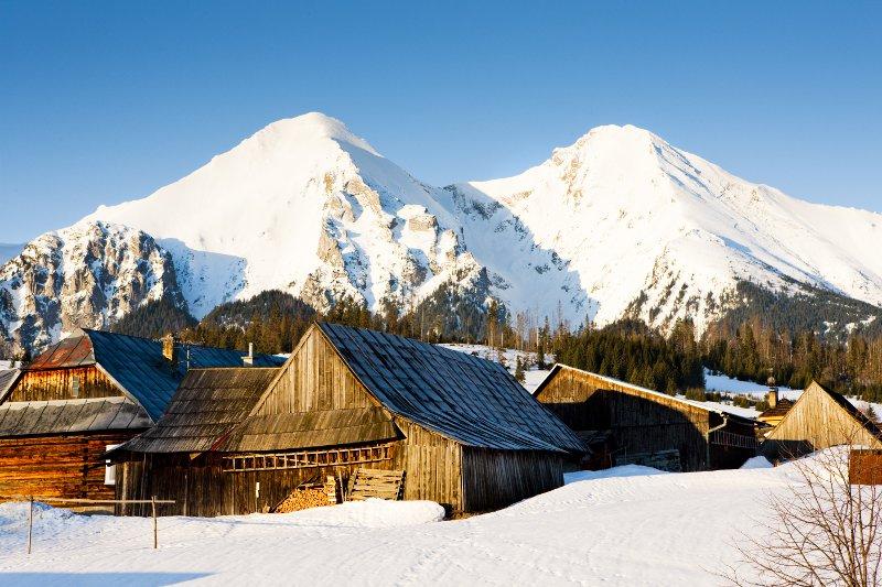 Zdiar and Belianske Tatry (Belianske Tatras) in winter, Slovakia© PHB.cz