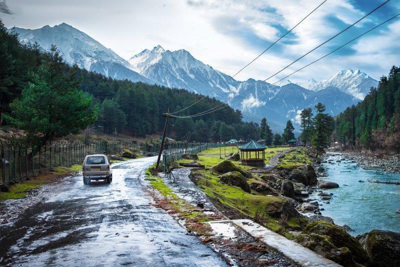 Himalayas paths © molpix