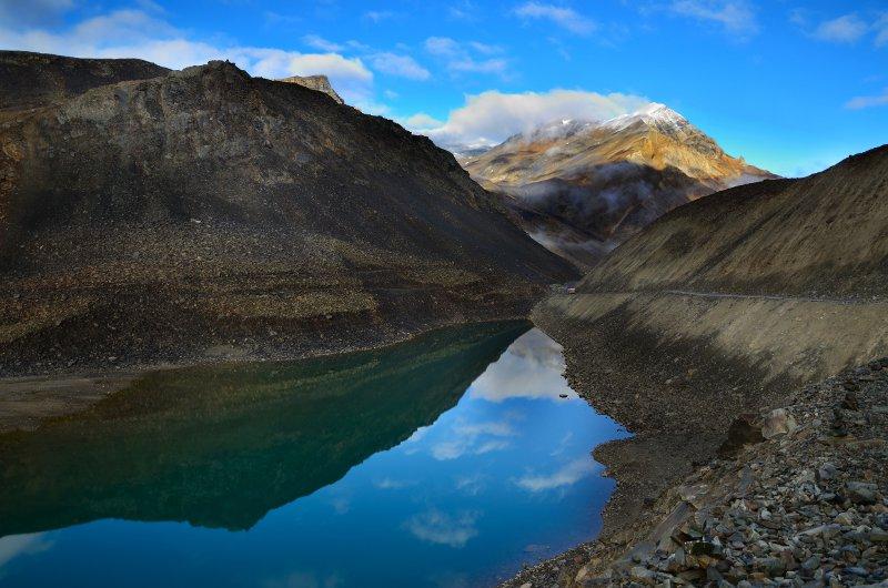 A mountain pass © eAlisa - Fotolia