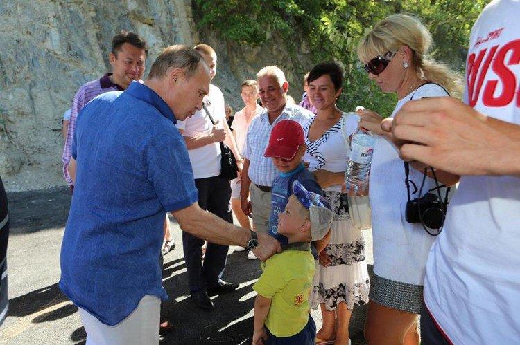 Vladimir Putin visits a winery