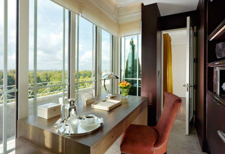 London's fabulous Dorchester Hotel