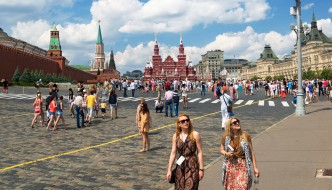 China Tourists Boost Russia Travel Industry