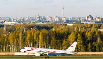 """Biblio Globus Inks Aircraft Deal with """"Russia"""" Airline"""