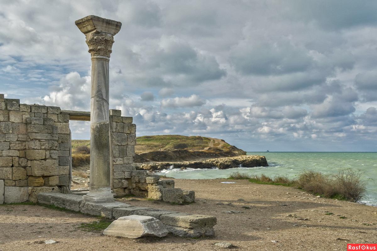 Crimea ruins