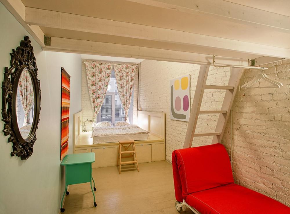Russia Duma Postpones Hotel-Hostel Decision
