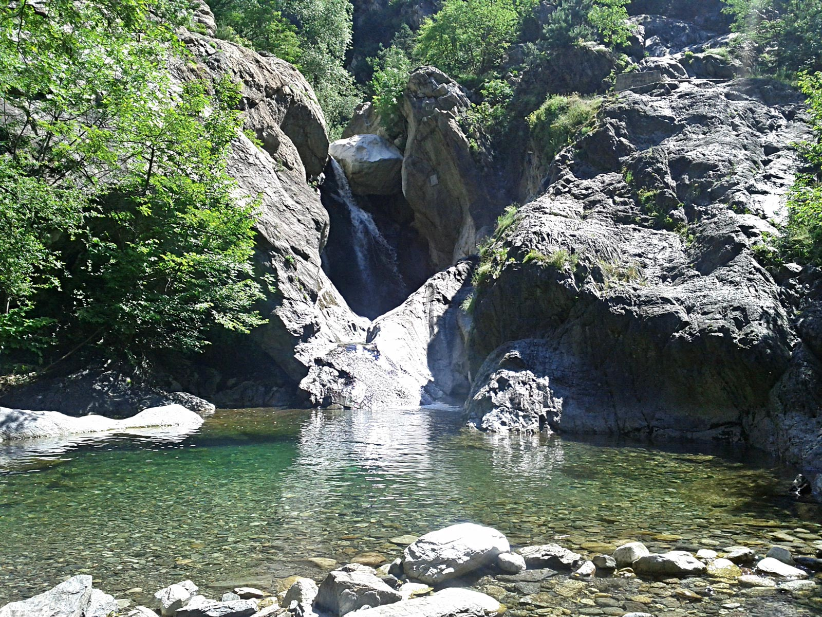 Suchurum Waterfall