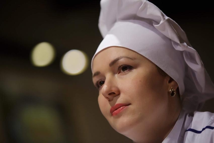 Chef Yulia Kongurova by Vitaly Vakhrushev