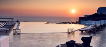 """Santo Maris Oia Luxury Suites & Spa is nominated """"Best Greek Resort Spa for 2017"""" by World Spa Awards"""