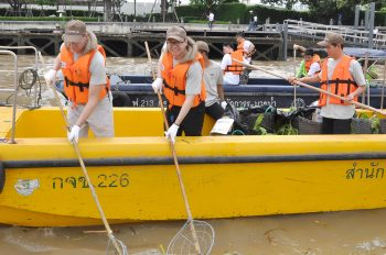 Chatrium Hotel Riverside Bangkok in Clean Up the River 2017 Event